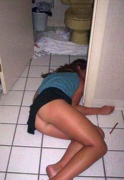 1 Смешные пьяные голые девушки фото
