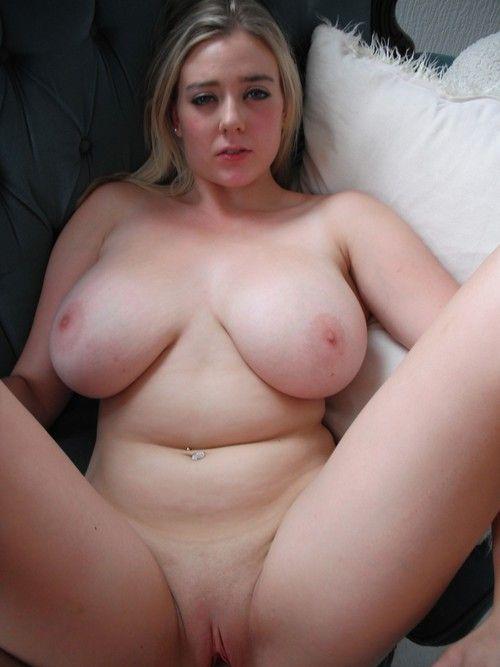 частное домашнее фото голых девушек каторым 30