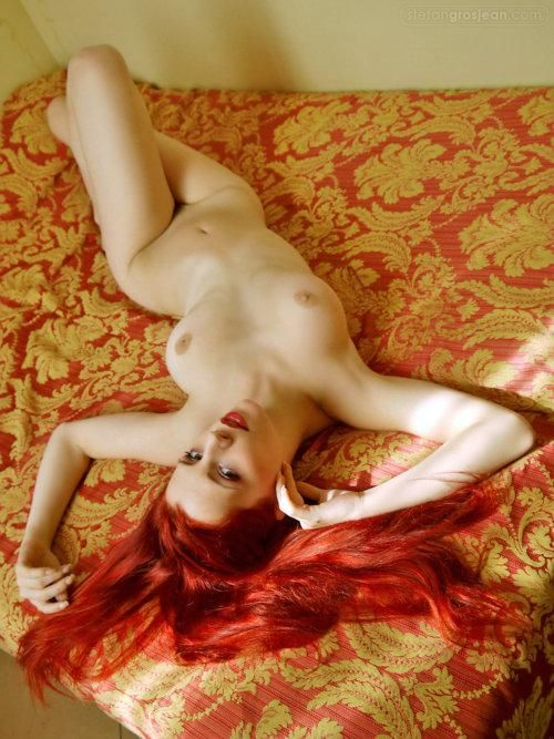 Очень красивые рыжие нимфетки влекут к себе
