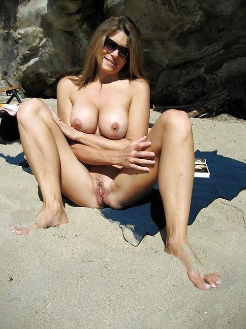 Смотреть онлайн эротеку горячие мамочки 24 фотография