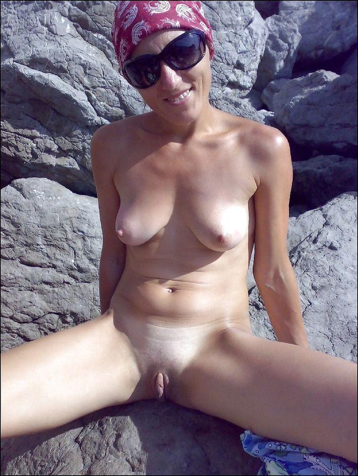 2 Зрелые голые красивые женщины как на подбор