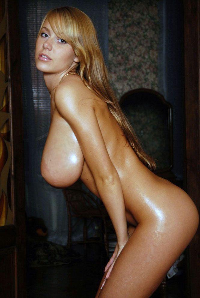 Смотреть фото голых сисястых девушек 19 фотография