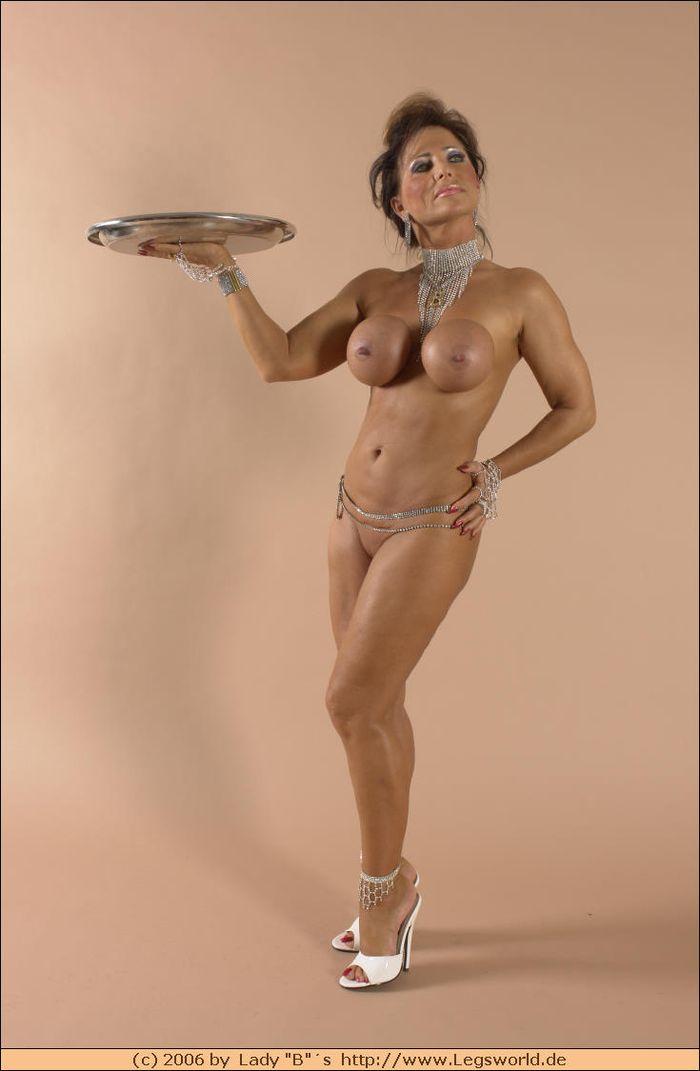 Фото зрелых женщин для истинных ценителей всего спелого!