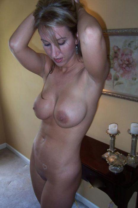 6 Похотливые голые бабы онлайн страстно желают вас!