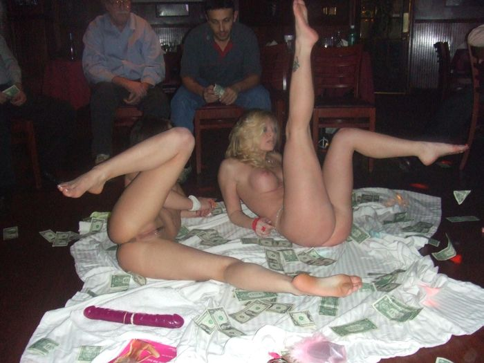 Порно, порно онлайн, бесплатная порнуха, скачать порево, порно ролики, виде