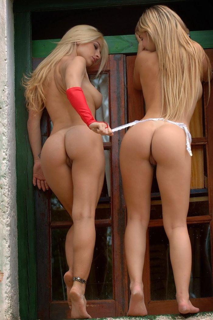 5 Соблазнительные фото голых девушек в интересном ракурсе сзади