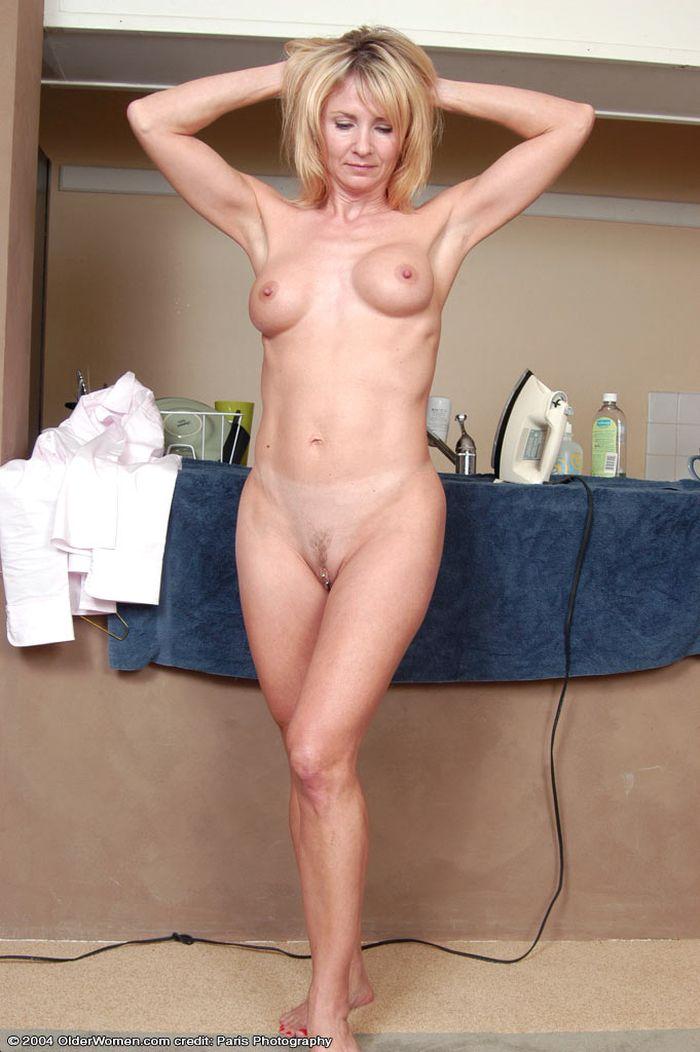 Зрелые девки голые 4 фотография
