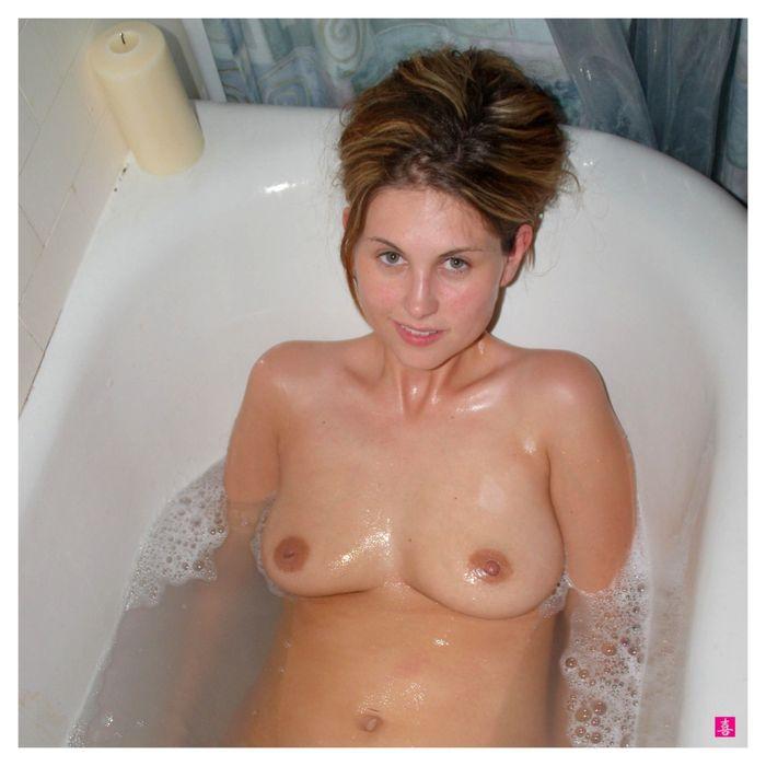 Молоденькие попки сексуальных красоток