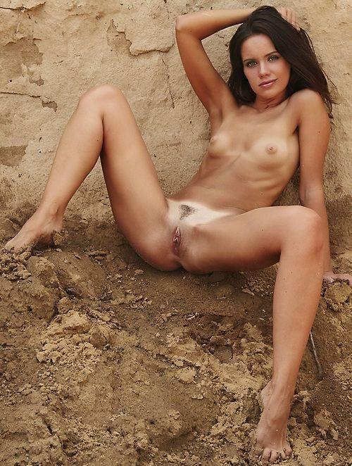 Здесь голые девки фото 401-538