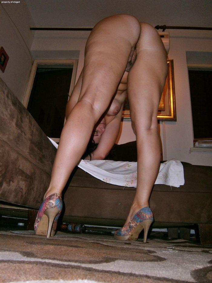 Смотреть фото любительске своих голых жен 12 фотография