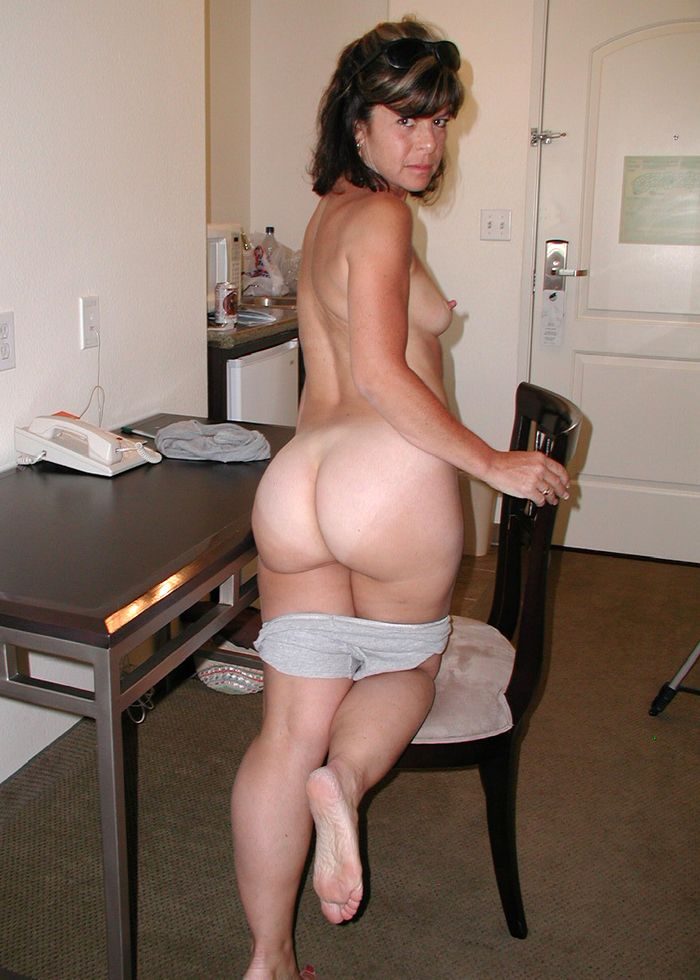 7 Частное откровенное фото голых зрелых дам