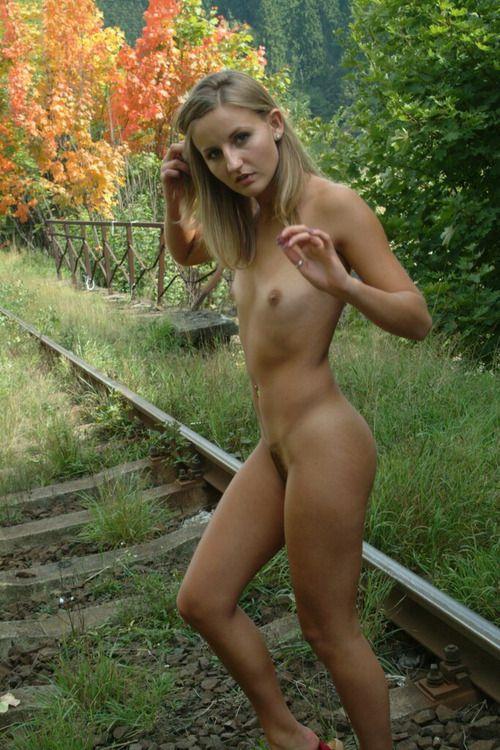 Лучшая любительская эротическая фотография фото 313-589