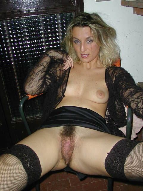 Волосатые женские киски   пикантно и необычно!