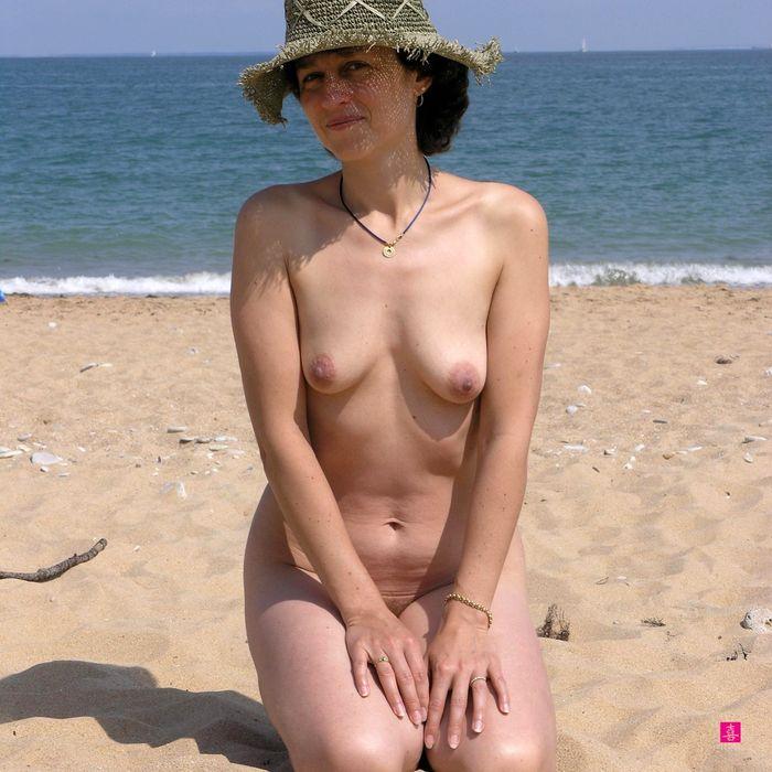 13 Фото красивых зрелых женщин без одежды