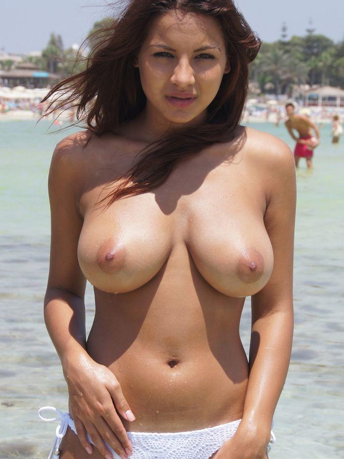 пикантные фото голеньких дамочек и самочек
