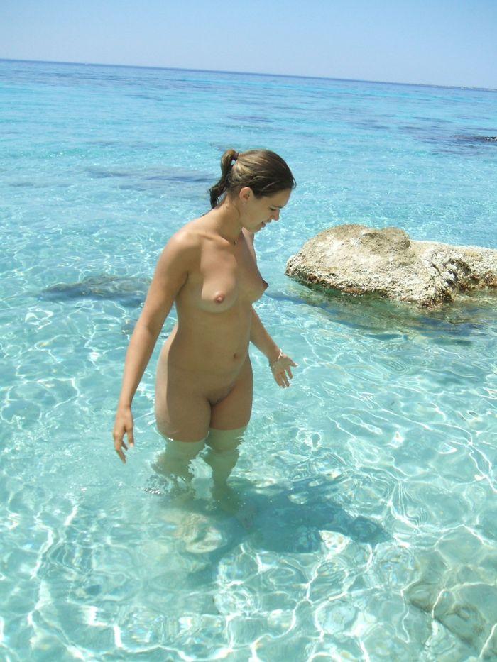 11 Нудистки фото   самые красивые девчонки на диком пляже!
