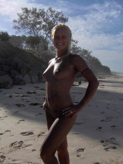 Нудистский пляж открыт для всех желающих стать ближе к природе