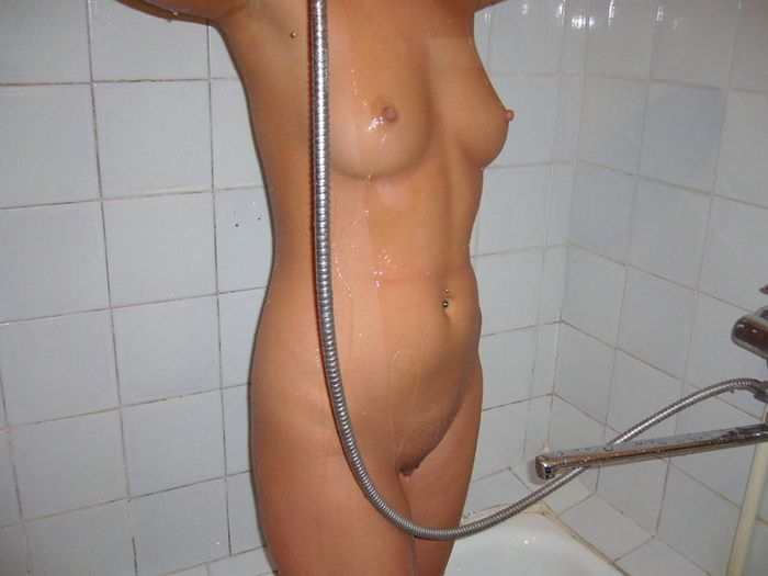 Фотки девушек в ванной порадуют Ваш взор