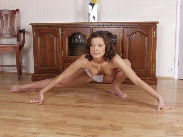 Смотреть фото голых гимнасток вам понравится