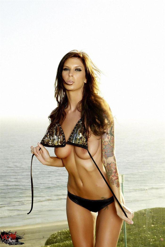 Татуированная Brooke Banner просто супер