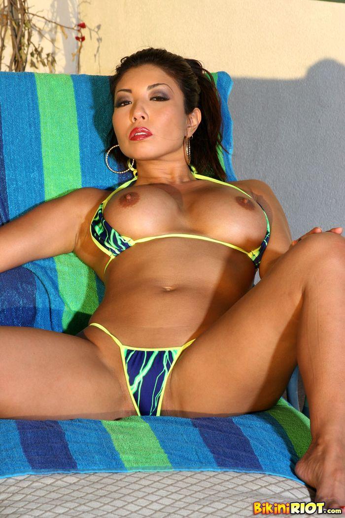 474 Милая азиатка Akira Lane и ее роскошное тело