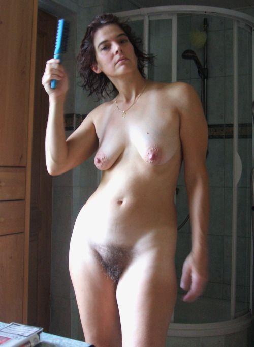 514 Волосатые леди показались голышом