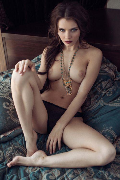 Яркие девушки с татуировками просто великолепны