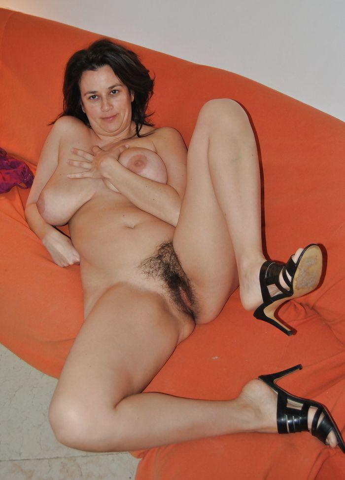 Снял трусики у женщины фото 402-850