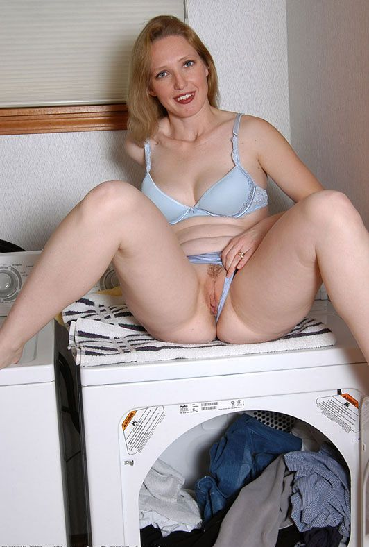 520 Хорошая зрелая дамочка хочет разврата
