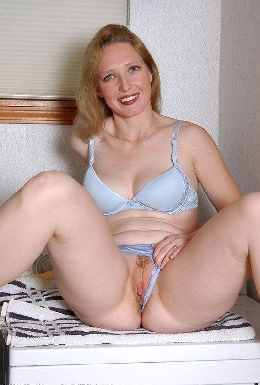 619 Хорошая зрелая дамочка хочет разврата