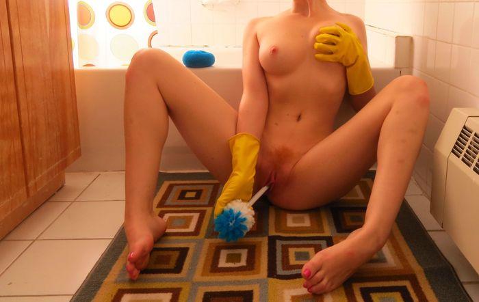 Частное фото: эротика с женщиной в ванной