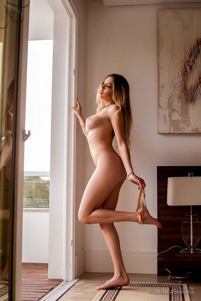 image 11 1 Девушка с голыми сиськами просто безупречна!